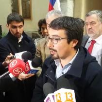 """Estilo Cubillos"" saca ronchas: oposición y profesores piden a Piñera que tome cartas en el asunto para destrabar paro docente"