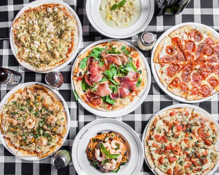 Pizzas para todos en Los Insaciables: paga como niño, come cuanto puedas