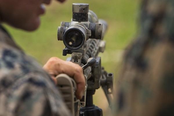 Famae niega irregularidad en venta de fusiles de francotirador a civiles y contradicen informe original de Carabineros