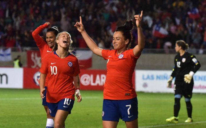 Un gol por la igualdad de género: proyecto de ley busca fortalecer el fútbol femenino