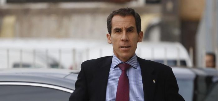 Alcalde Alessandri fuera de control: amenaza con cerrar Instituto Nacional y terminar con sus 205 años de historia