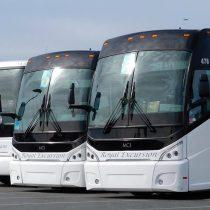 Buses interurbanos contaminan siete veces menos que un avión y casi cinco veces menos que un automóvil