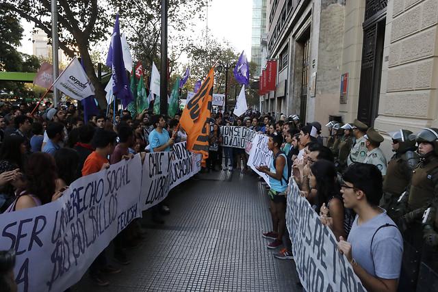 """Expertos analizan si existe triestamentalidad en las universidades chilenas a cuatro años del fin del """"amarre"""" de la LOCE"""