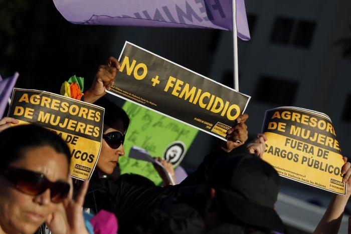 """Diputadas se reúnen con ministro del Interior para """"mejorar la eficiencia policial en casos de violencia de género"""""""