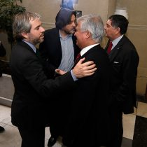 """""""Vuelta de chaqueta"""": critican al PS por voto a favor de la reforma de pensiones"""