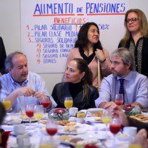 Gobierno aprovecha segundo aire y despliega ofensiva en terreno para un rápido despacho de la reforma de pensiones