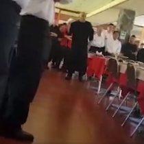 El registro del violento maltrato de jefe a trabajadores de restaurante Piccola Italia