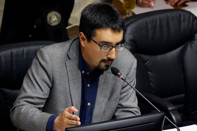 Senador (RD) Juan Ignacio Latorre pide que tramitación de ley antisaqueos sea