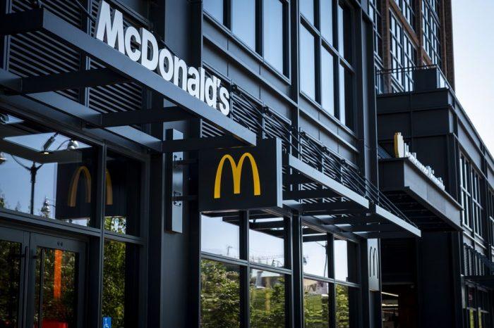 Inversores no solo comen en McDonald's, también le prestan euros