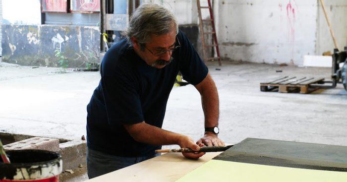 """Alejandro """"Mono"""" González: El arte urbano busca su primer Premio Nacional de Artes"""