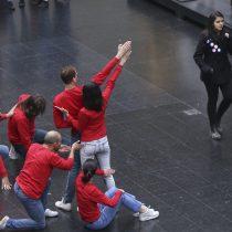 La danza contemporánea conmemora los cien años de Nemesio Antúnez con espectáculo en Metro de Santiago