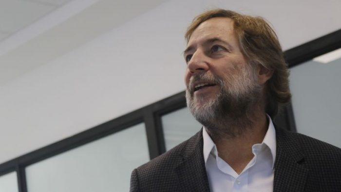 Exministro de Piñera desdramatiza críticas a Essal tras crisis sanitaria de Osorno: