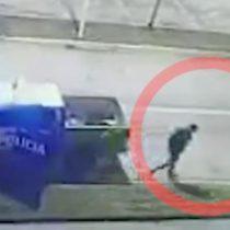 ¿Una escena de Los Simpson? Reo argentino escapa de un vehículo patrulla aprovechando que los policías dormían
