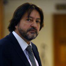 """Diputado Tucapel Jiménez golpea la mesa ante acuerdo por pensiones con el Gobierno: """"A mí no me pautea Gabriel Silber ni la DC"""""""