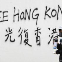 Hong Kong vive nueva jornada de protestas con disturbios y enfrentamientos con la policía