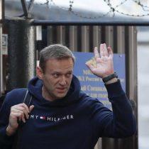 Opositor ruso Alexéi Navalni, liberado tras 30 días en prisión