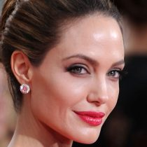 """Angelina Jolie: """"Si estar cansada de la injusticia y el abuso es maldad, entonces el mundo necesita más mujeres malvadas"""""""