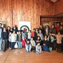 Donan mil libros para las escuelas rurales de Cerro Castillo y Colegio Patagonia de Coyhaique