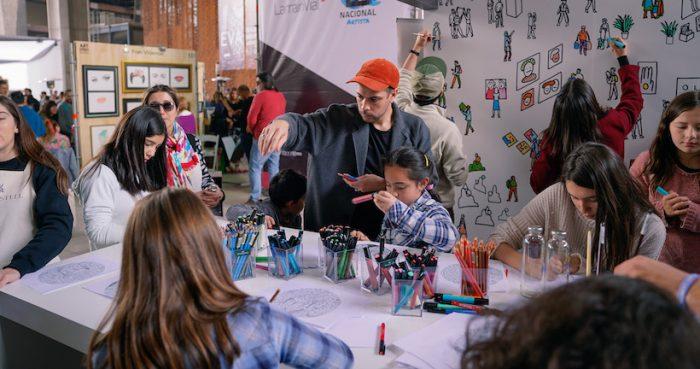 Más de 20 mil personas asistieron a la feria ArtStgo para conocer lo mejor del arte nacional e internacional