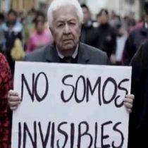 Adultos mayores discriminados en Chile