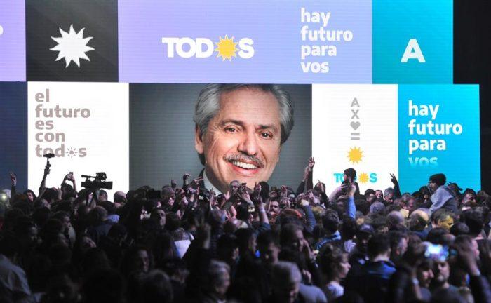El candidato del kirchnerismo Alberto Fernández derrota a Macri en las elecciones primarias en Argentina