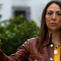Gobierno se desmarca de ataques a Bachelet tras polémica por aportes de OAS: