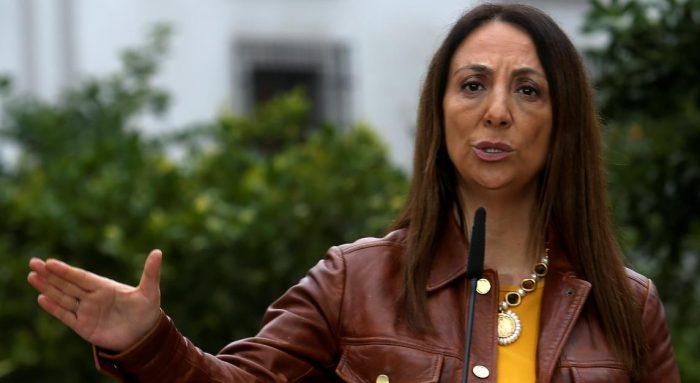 La Moneda mantiene estrategia de satanización del proyecto de Camila Vallejo: