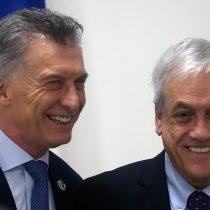 Amigo del año: la estrategia de desmarque de Piñera tras la derrota de Macri en las primarias argentinas