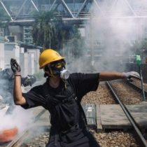 """""""Aquellos que juegan con fuego se quemarán"""": la advertencia de China a los manifestantes de Hong Kong"""