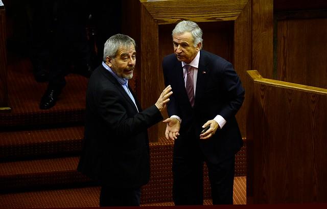 Divide para gobernar: oposición fustiga a la DC por apoyo a la reintegración en reforma tributaria de Piñera