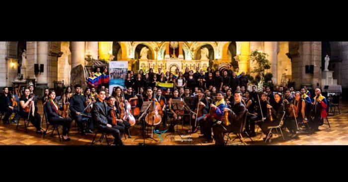 """""""Diáspora Sinfónica"""", un espectáculo con 50 músicos migrantes en escena"""
