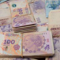 Salario mínimo argentino subirá un 35% y sindicatos lo ven insuficiente