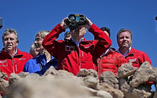 Piñera visita a las FF.AA. en la frontera y reitera llamado a la