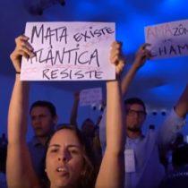 #PrayForAmazonas: activistas protestan contra ministro de Medio de Ambiente de Bolsonaro
