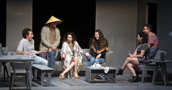 """Obra """"Tribus"""" en Teatro UC"""