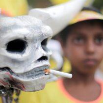 Nuevo golpe a los cigarrillos electrónicos: India decide prohibirlos