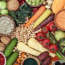 El estudio que alerta que las dietas vegetariana y vegana aumentan los accidentes cerebrovasculares (aunque sean buenas para el corazón)