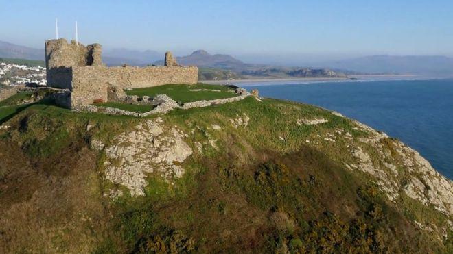 ¿Por qué Gales tiene tantos castillos?
