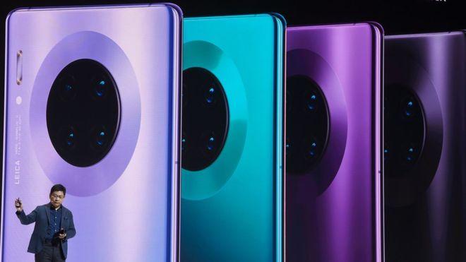 Cómo es el primer teléfono de Huawei sin apps de Google