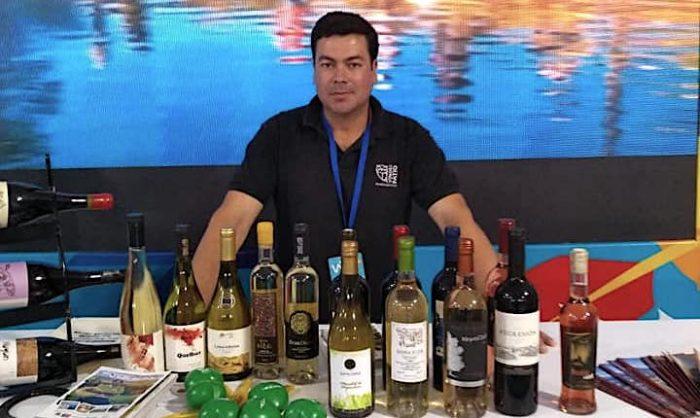 Elier Ortiz, el viñatero que busca recuperar las viñas abandonadas del Valle del Itata