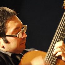 Ciclo de Guitarra Clásica con Renato Serrano en Aula Magna Usach