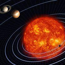 """Charla """"El Sol y Astronomía"""" con astrofísico Juan Carlos Beamin en estación del Metro Vespucio Norte"""