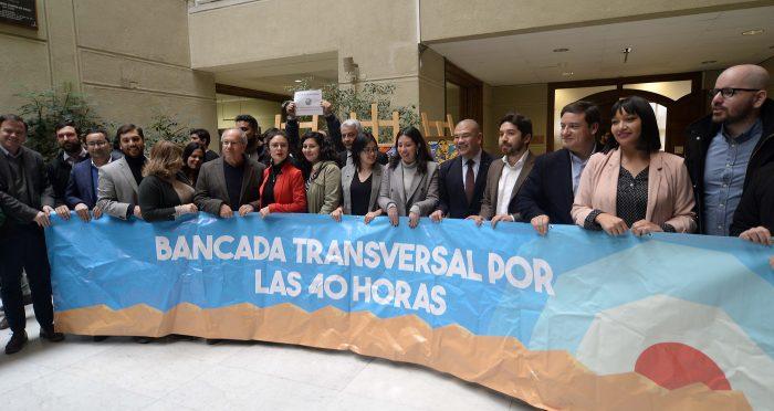 """Nuevo choque por """"40 horas"""": oposición en picada contra la recomendación de la mesa técnica de suspender el proyecto"""
