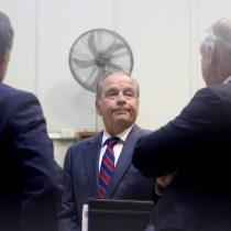 """Otro golpe para el exjefe del Ejército: ministra Rutherford procesa a Humberto Oviedo en la arista """"Empresas de Turismo"""""""