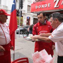 Fiestas Patrias: advierten a locales y fondas que la propina debe quedar íntegra en manos del trabajador