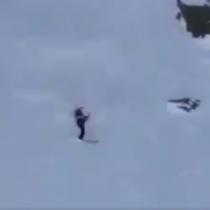 Esquiadora resulta ilesa tras impactante caída en Nueva Zelanda