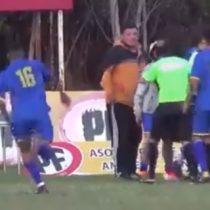 Jugador realiza brutal agresión a árbitro en futbol amateur
