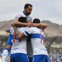 Católica venció por 2 a 1 a Antofagasta y sigue en busca del título