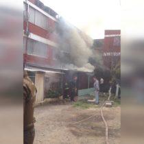 Reportan caída de avioneta de la FACH sobre un edificio en la comuna de El Bosque: no hay heridos