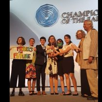 """Estos jóvenes son una inspiración"": Fridays for Future recibe premio Champions of the Earth de la ONU"